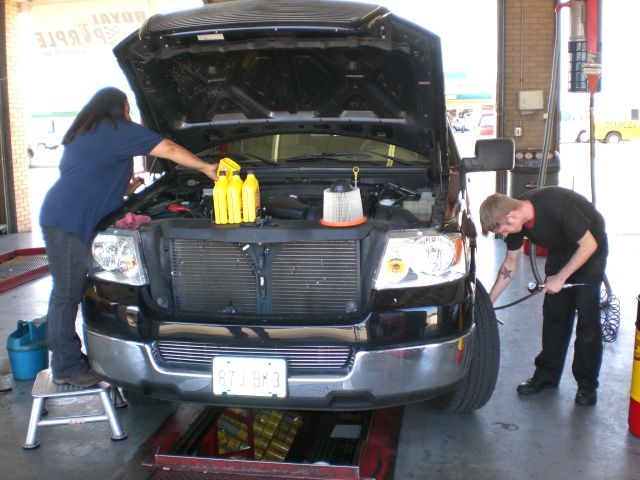 Kwik Kar Lube And Auto Repair Oil Change